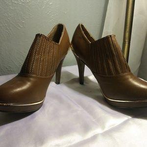 NWOT Mark. Heeled Boots